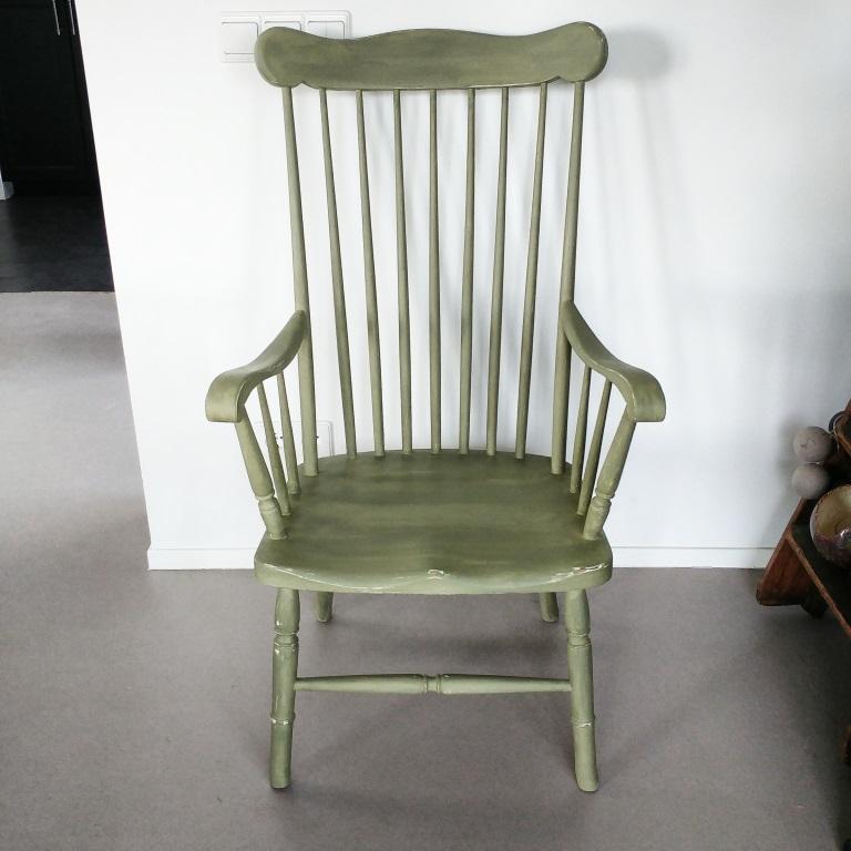 Groene houten stoel for Groene stoel